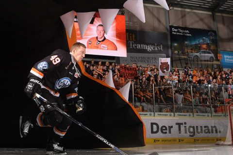 Grizzley In Action Klein–1000X667